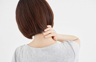 EMSを使用して、肩こりを解消できるのか?西大島駅近くの整骨院